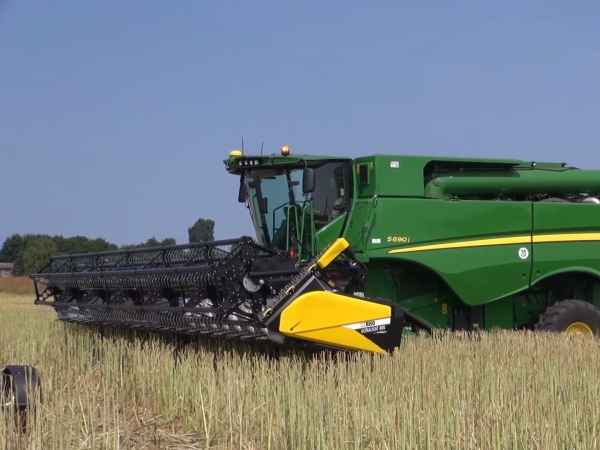 BISO Ultralight 1200 paired with John Deere S690i